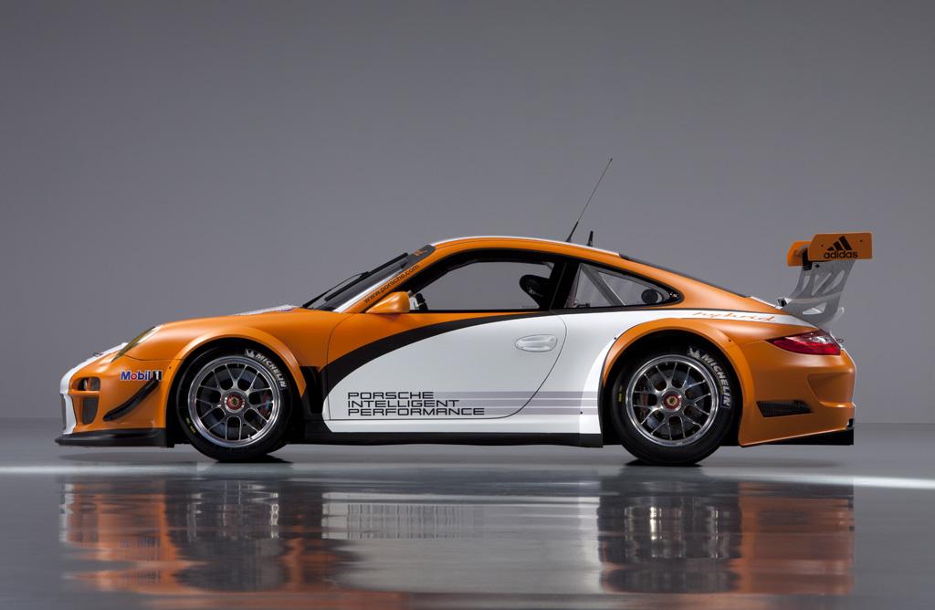 El Porsche 911 GT3 R Hybrid se actualiza