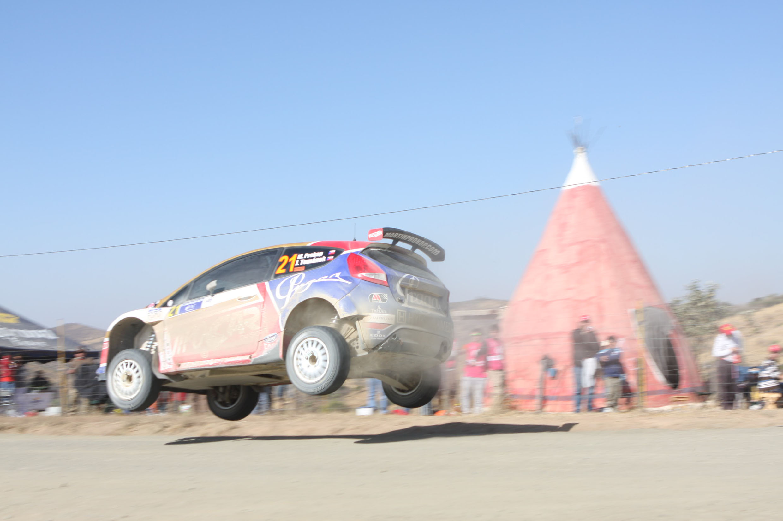 Rally México 2011, Loeb se impone con un poco de suerte.
