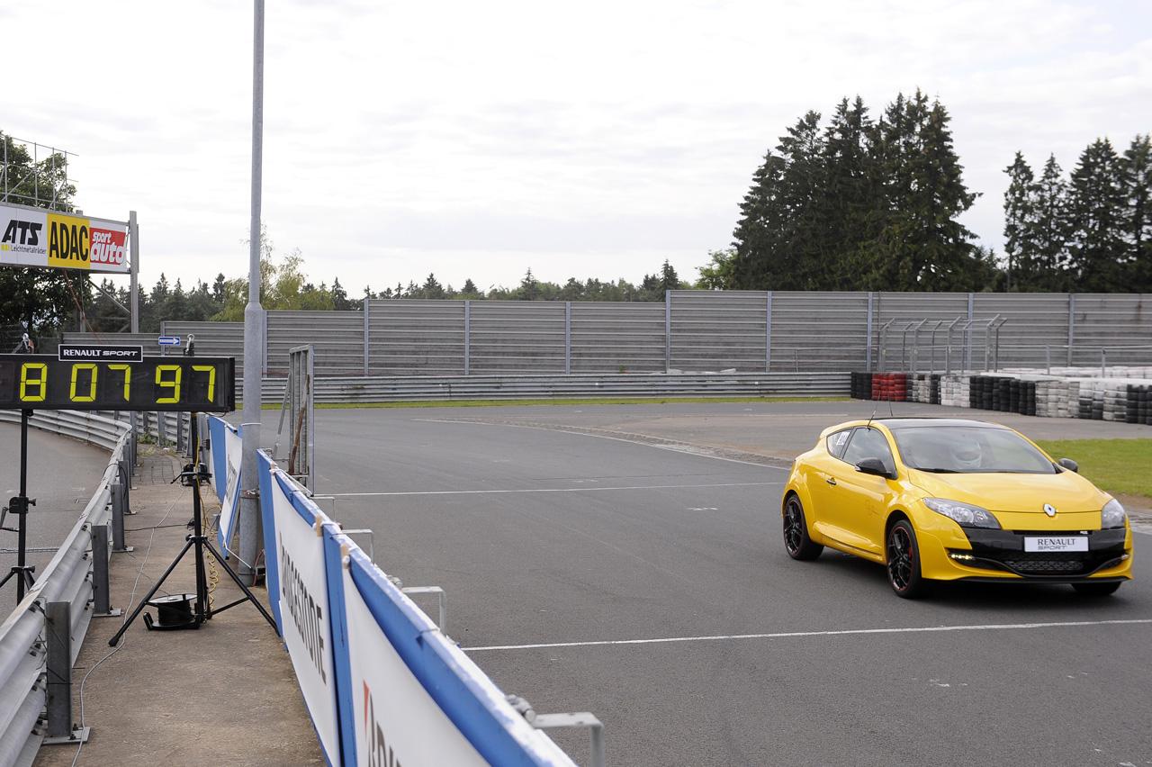 El Mégane RS Trophy cumple con lo prometido en Nürburgring