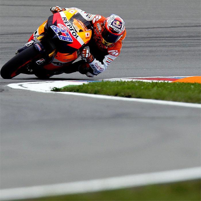 Moto GP, Gran Premio República Checa 2011: Stoner gana y se distancia