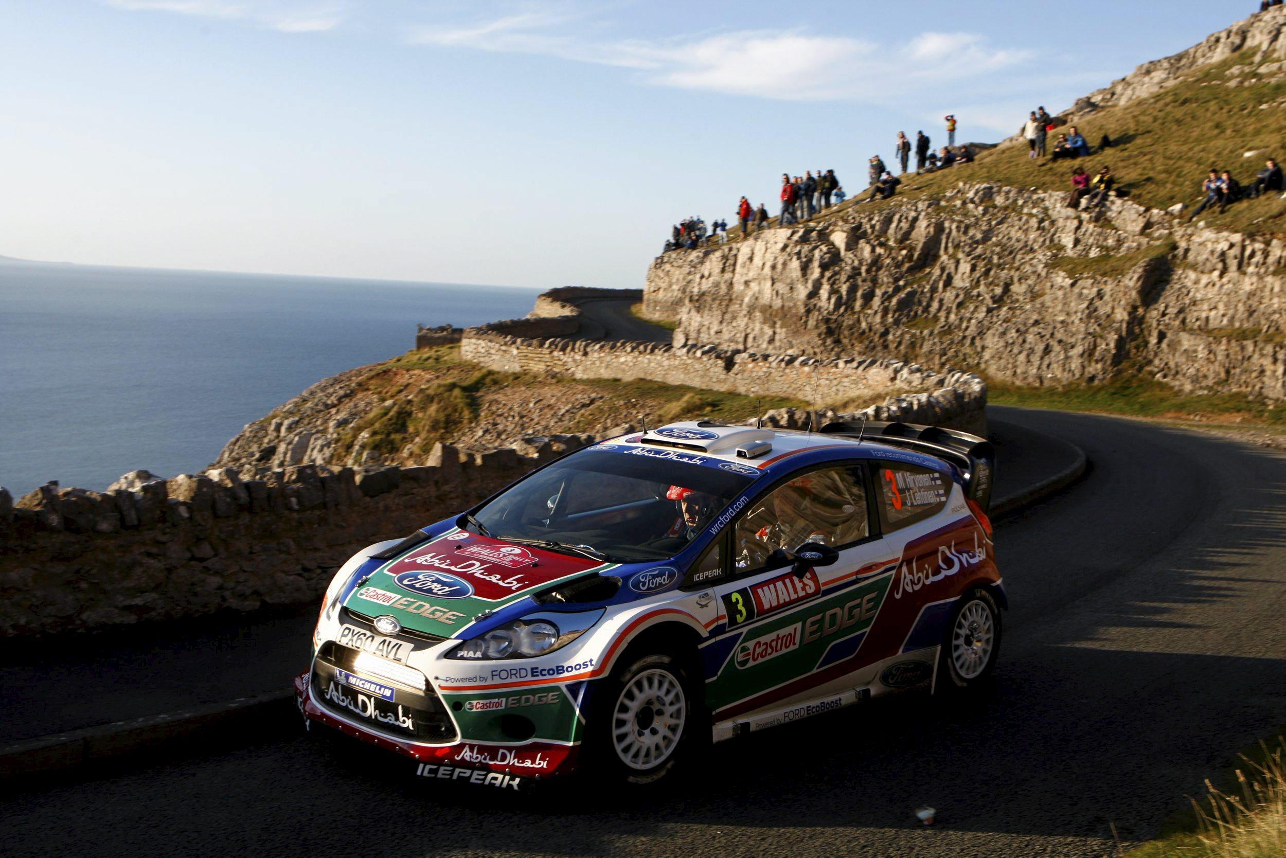 Rally de Gales 2011: Ogier deja tirado a Loeb