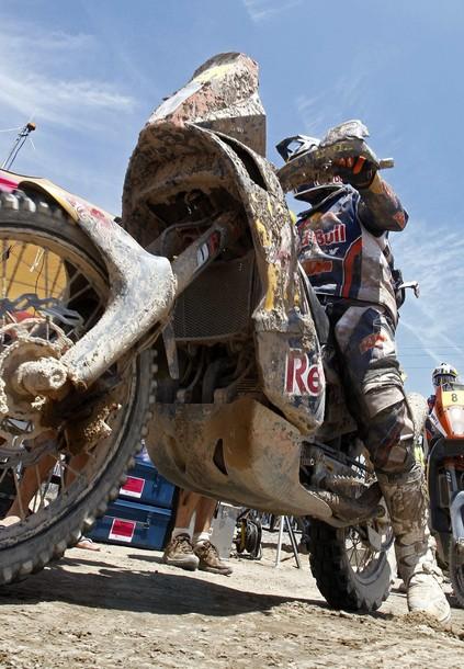 Dakar 2012: La organización salva a Despres después de la polémica acción