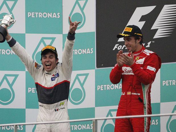 GP de Malasia F1: Alonso realiza el milagro junto Sergio Perez
