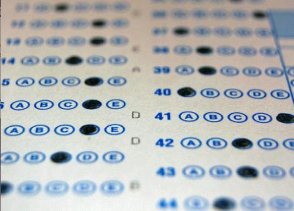 La DGT plantea hacer examen para renovar el carnet de conducir