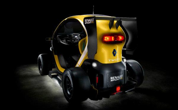 Twizy Renault Sport F1, concept car ridículamente alucinante