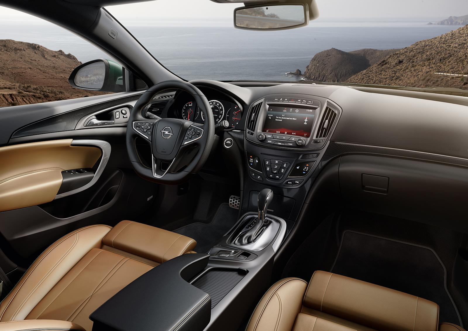 Opel actualiza el Insignia
