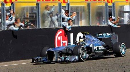GP de Hungría 2013: Hamilton consigue una victoria fulminante
