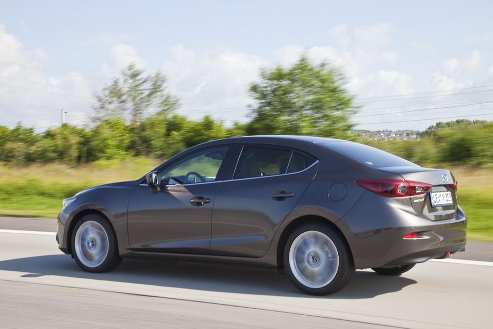 Ahora sí, éste es el aspecto del nuevo Mazda 3 Sedán