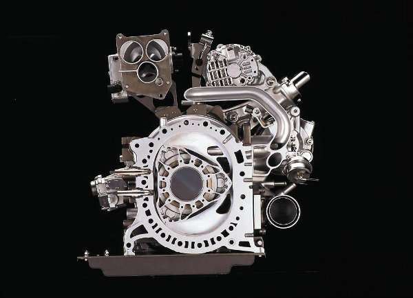 Mazda tendrá nuevo modelo y nuevo motor rotativo en 2016