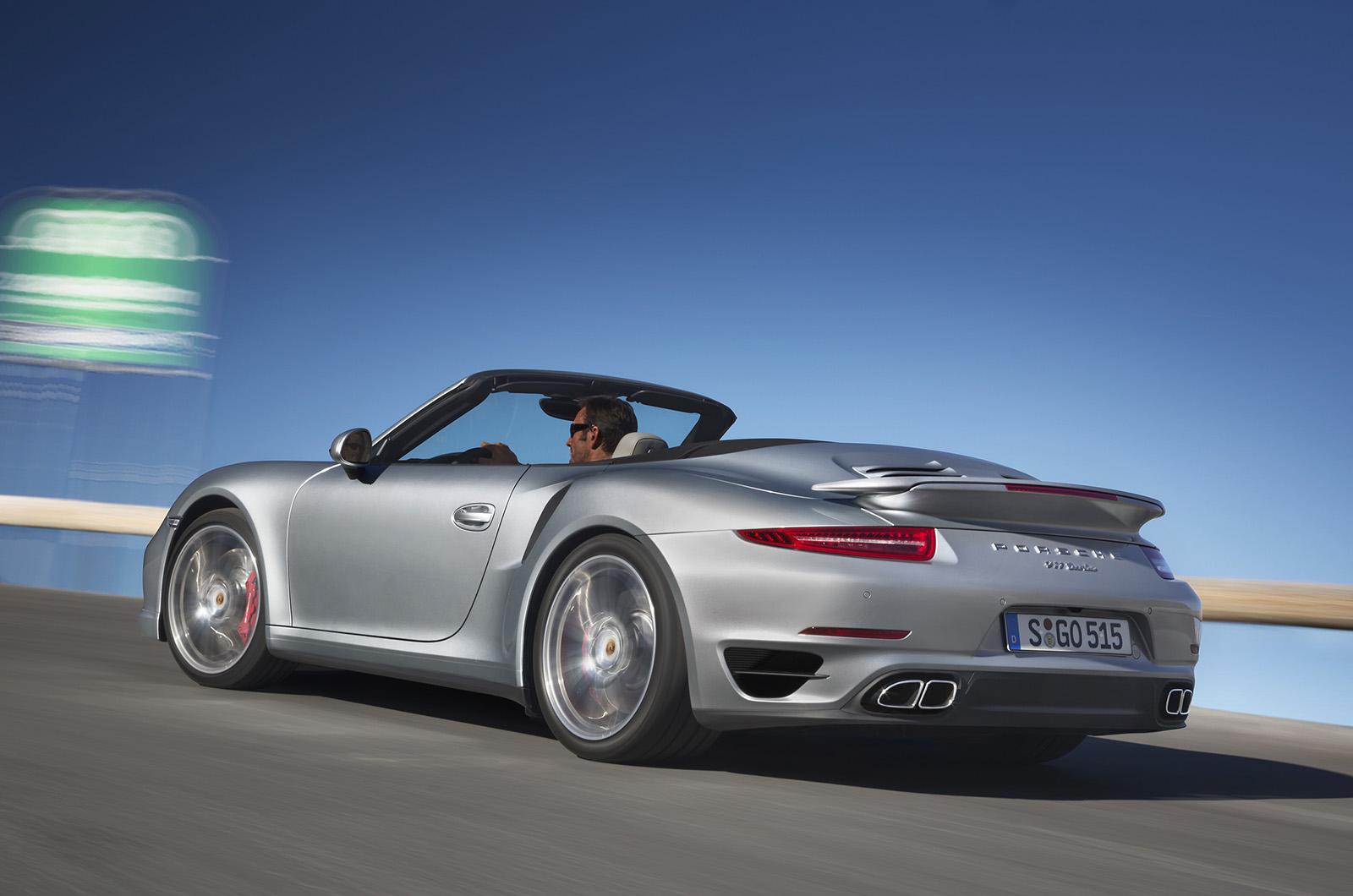 Porsche 911 Turbo Cabrio y 911 Turbo S Cabrio, máxima deportividad a cielo abierto
