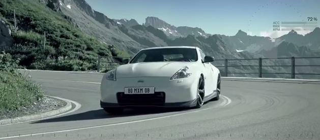 ¿Quién desciende más rápido?, ¿un hombre con un traje volador o un Nissan 370Z Nismo?