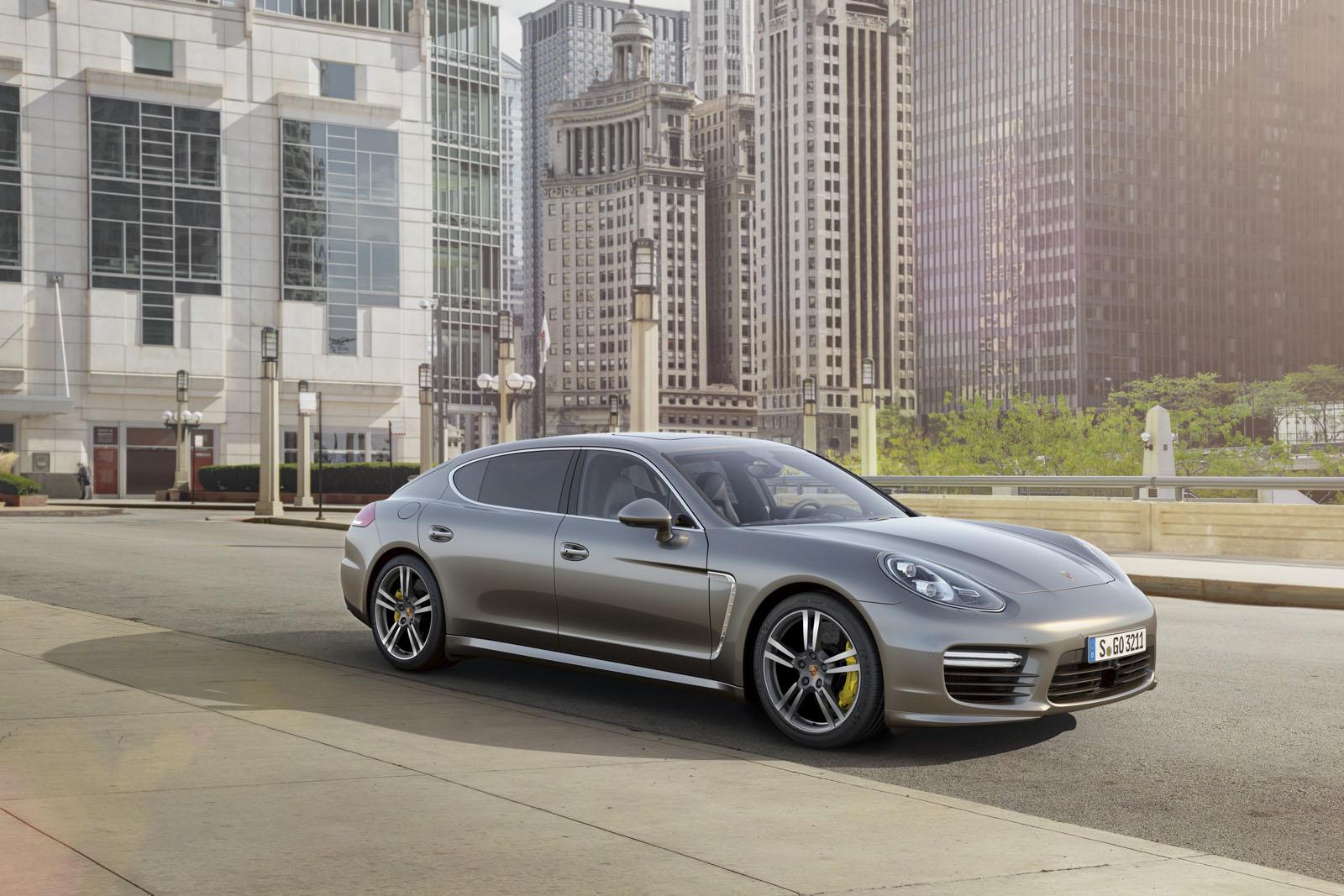 Así se muestra el nuevo Porsche Panamera Turbo S