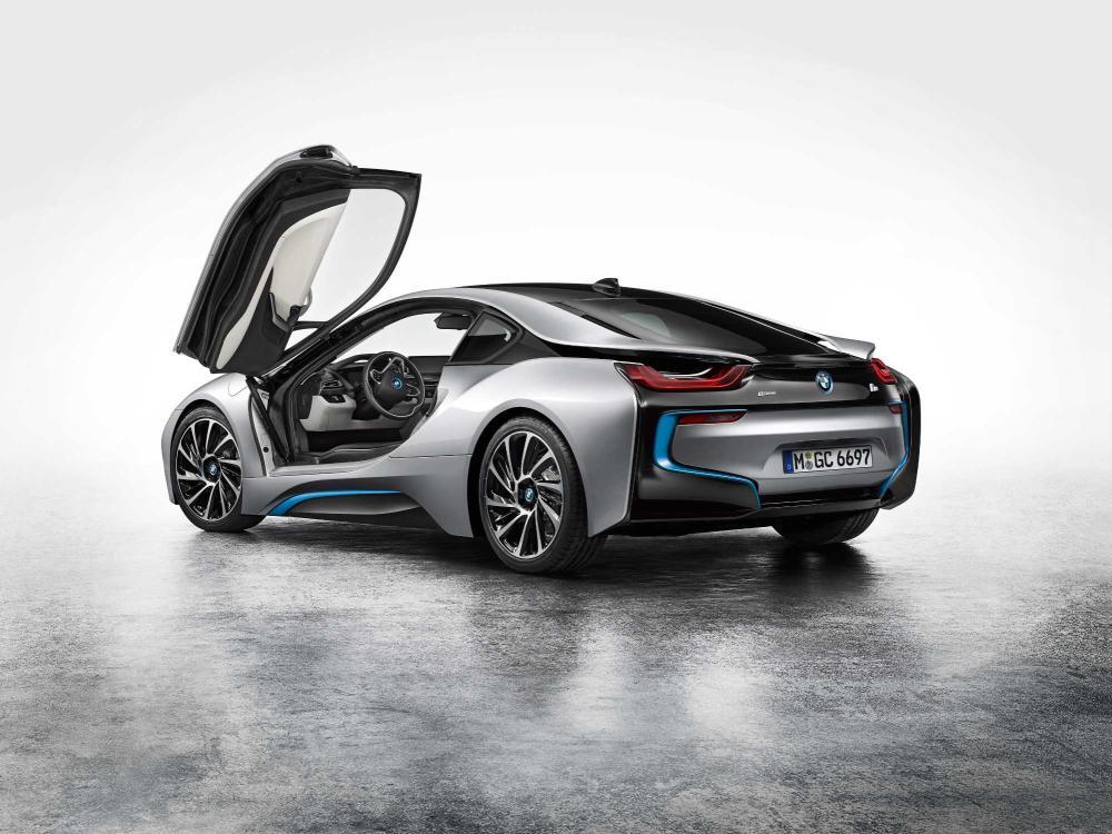BMW le pone precio al i8 en España
