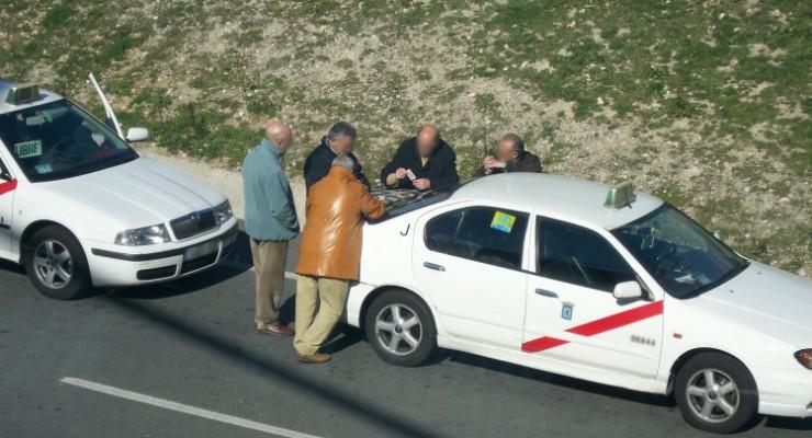 El gobierno prepara multas de 6.000 € por compartir coche