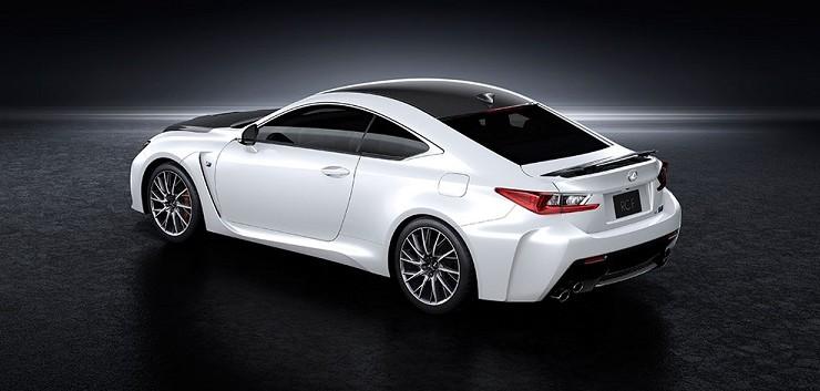 Lexus democratiza la fibra de carbono
