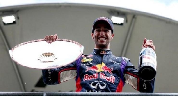 GP F1 Bélgica 2014: Ricciardo pesca en río revuelto
