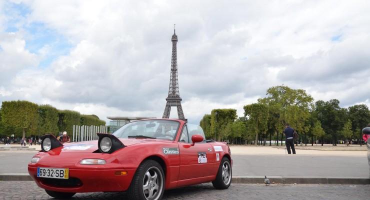 Dos hermanos surcan más de 25 ciudades europeas en un Mazda MX-5